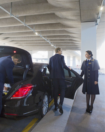 TRANSFER WITH A PRIVATE CHAUFFEUR IN A PRESTIGE CAR TO/FROM PARIS